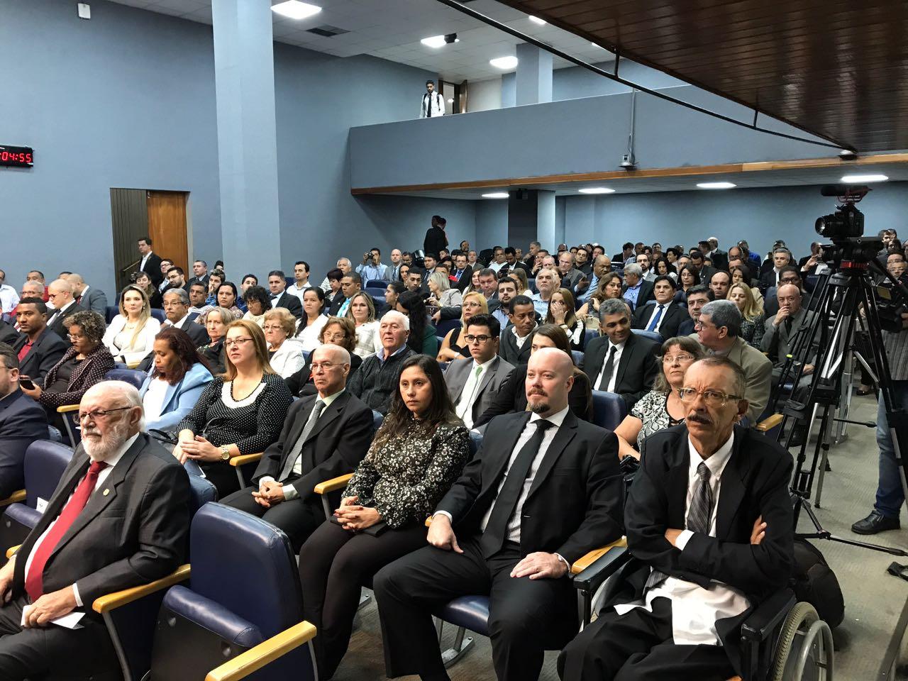 AUDITORIO 2 - 11 DE AMIO-17 (1)