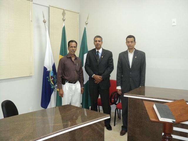 DELEGADO /RJ, JOSÉ ROBERTO EM REUNIÃO COM PRESIDENTE DA CÂMARA LEGISLATIVA DE CARDOSO MOREIRA/RJ