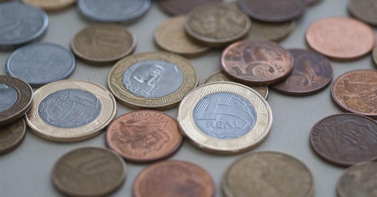Corte de R$ 4,2 bilhões de despesas ajuda a controlar gastos públicos